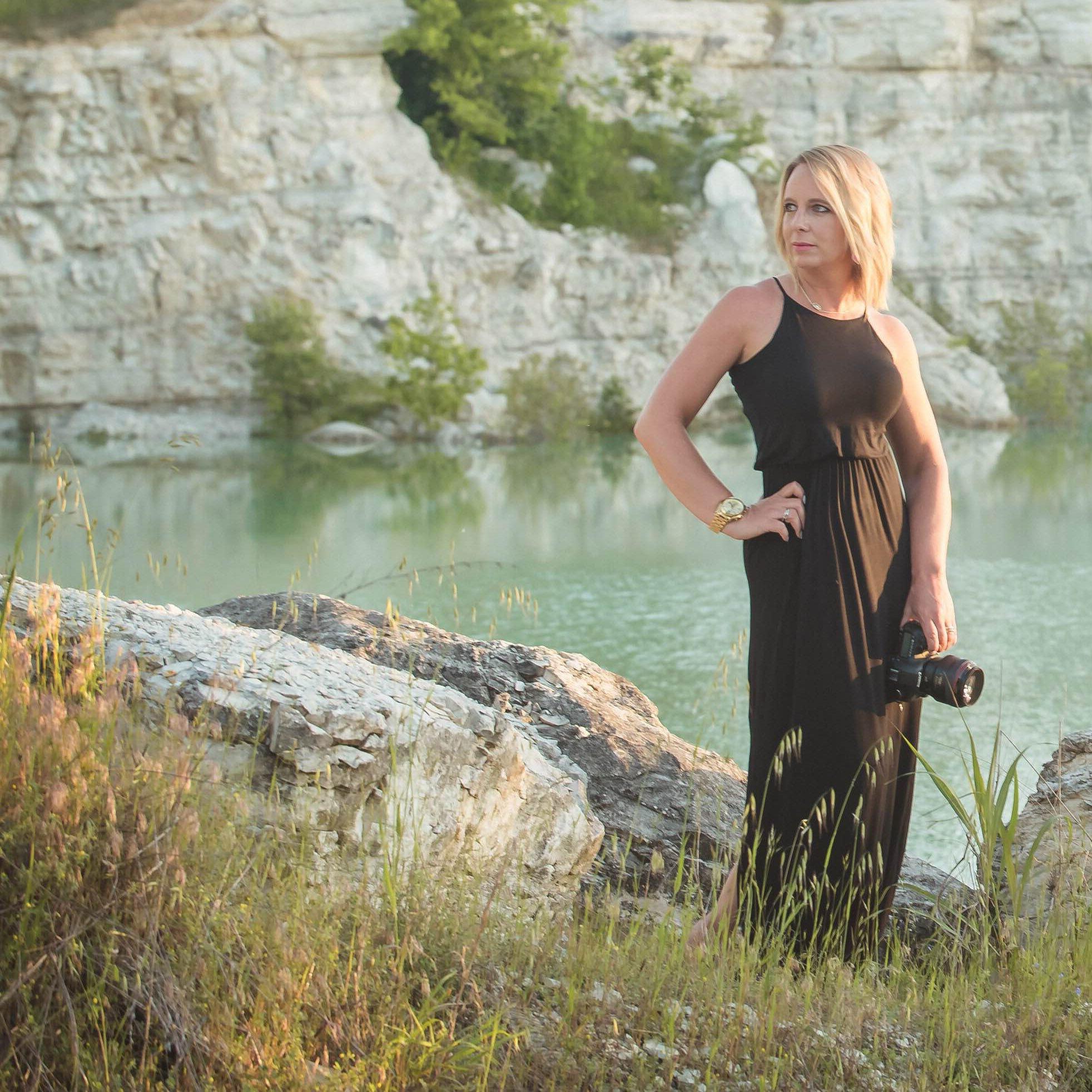 Alyssa Turner headshot in Dallas Texas